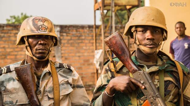 Жители города Бамбари благодарят армию ЦАР за возвращение мира