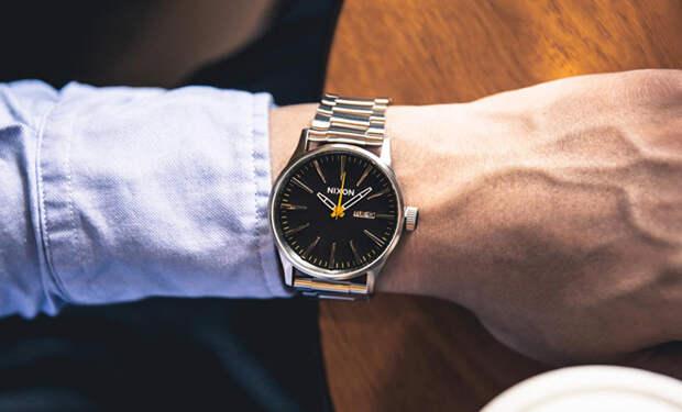 Недорогие часы, за которые не будет стыдно