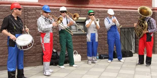 У «Ботанического сада» будут выступать музыканты, танцоры и художники