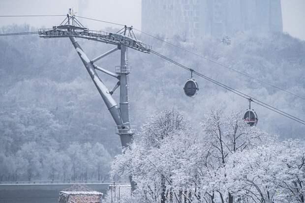 """Циклон """"Сара"""" сменит его собрат: московский регион ожидает тяжелая погода"""