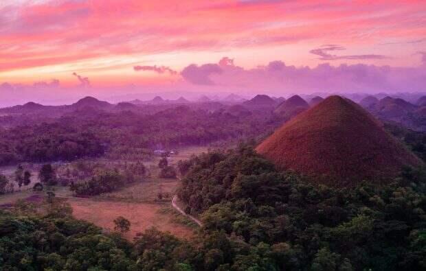 Шоколадные холмы в Бохоле, Филиппины