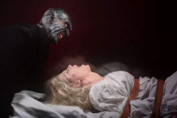 Почему людей посещает «сонный демон»?