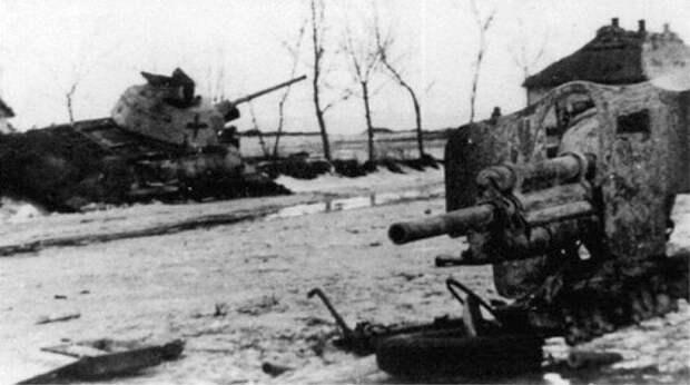 разбитый трофейный Т-34