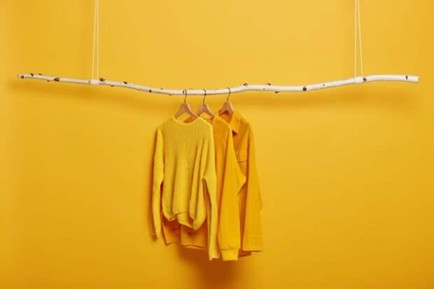 Как  одеваться стильно в одном цвете: 6 правил монохромных образов