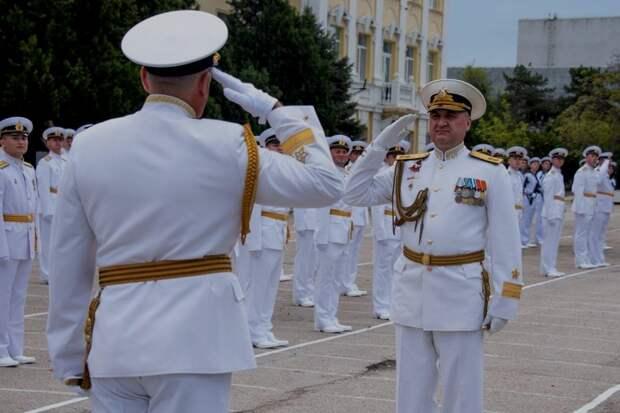В Севастополе военно-морское училище выпустило 173 курсантов