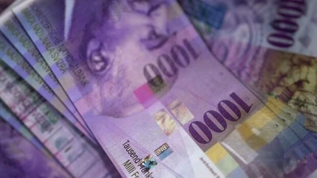 Объем выявленных ФТС контрабандных наличных денег в России вырос в десять раз