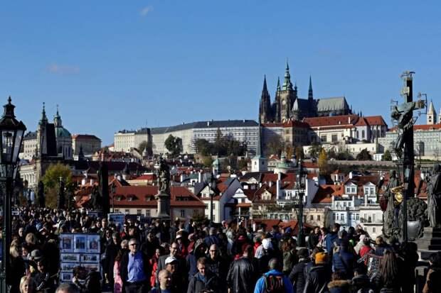 Внезапная экстренная ситуация в Чехии: пандемия захватила страну