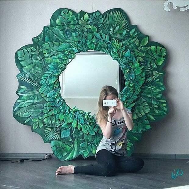 Резное - расписное зеркало