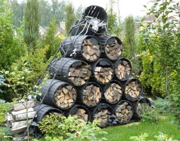 Много оригинальных идей хранения дров на дворе