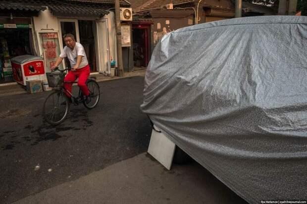 Зачем китайцы прикрывают колеса фанерками