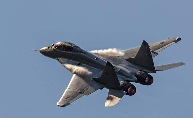 На фото: МиГ-35