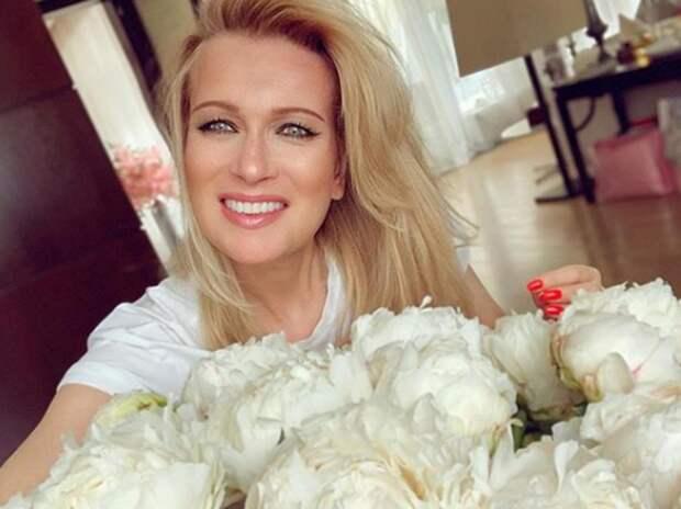 Олеся Судзиловская прокомментировала третью беременность