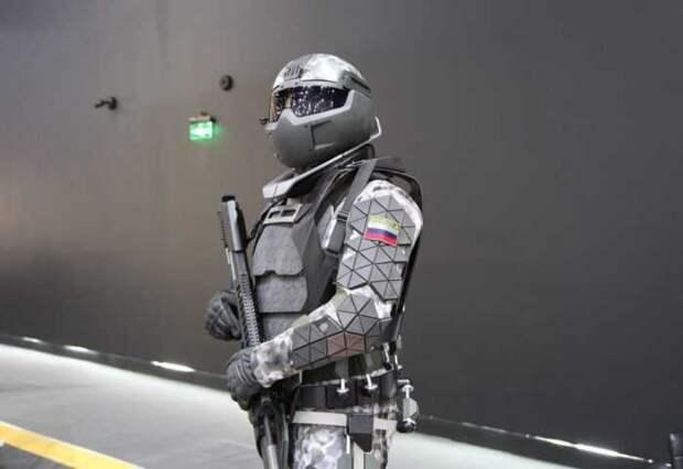 Новейшая экипировка «Сотник» выдерживает прямое попадание пули калибра 12.7 мм