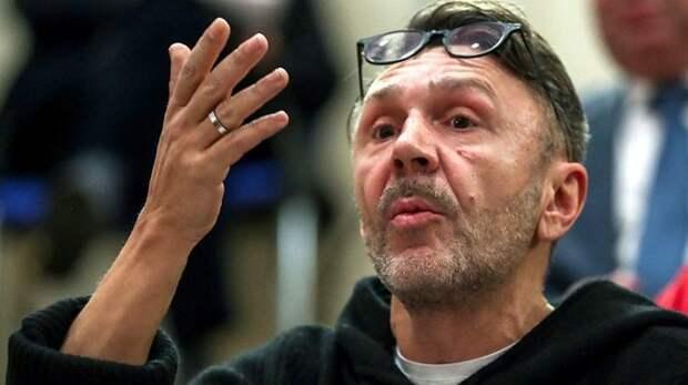 Сергей Шнуров отлучён от Церкви