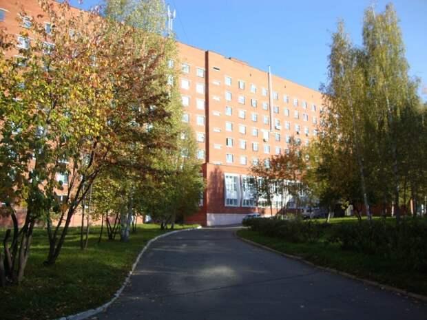 Два подразделения закрыли в РКБ №1 в Ижевске из-за коронавируса