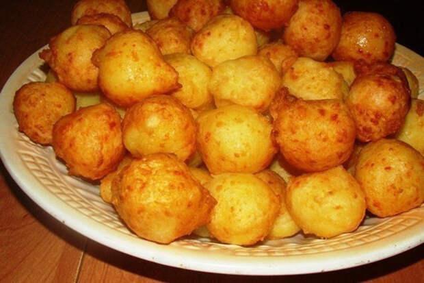 Картофельные пампушки с сырной начинкой. Это просто объедение!