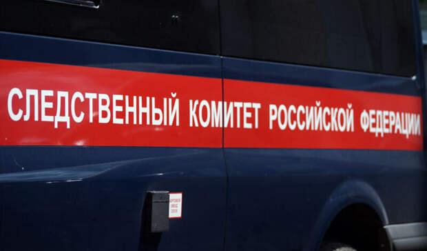 Тело мужчины найдено вавтомобиле удома напроезде Заречном вТюмени