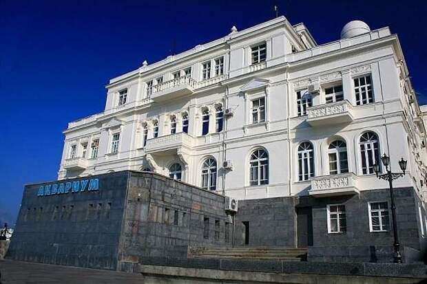 Уникальное здание Севастополя!