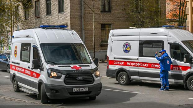 В России за сутки выявили 8271 новый случай заражения коронавирусом