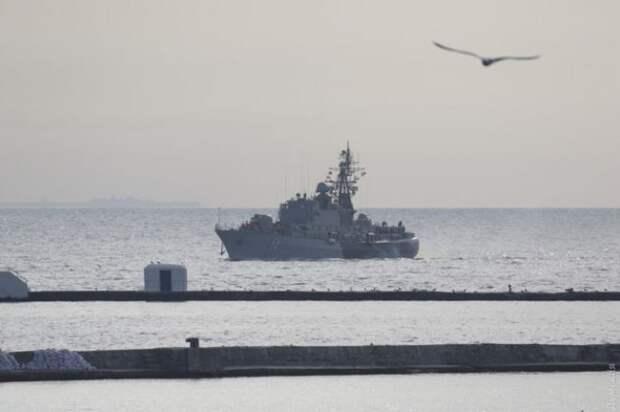 С какой целью Украина и США проводят совместные учения в Чёрном море?