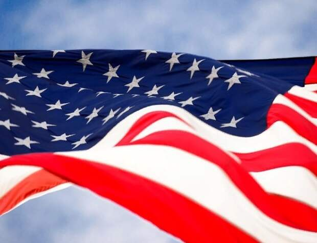 Минюст США закрывает уголовное дело против Майкла Флинна