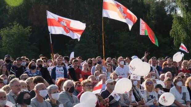 Роль «онижедетей» на «беломайдане» играют женщины. Колонка Голоса Мордора