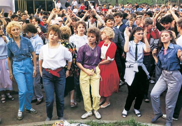 Родом из 90-х: 14 снимков, глядя на которые хочется вернуться в детство.