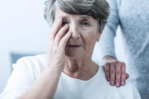 Врачи рассказали о ранних признаках деменции