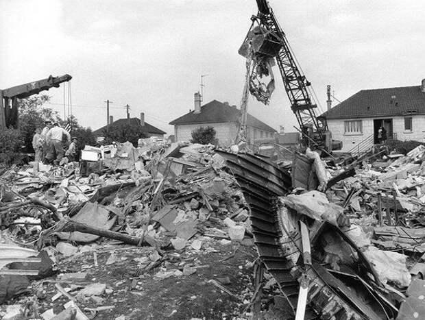 «Смертельное пике»: как падал Ту-144. 46 лет назад в Ле-Бурже разбился советский Ту-144
