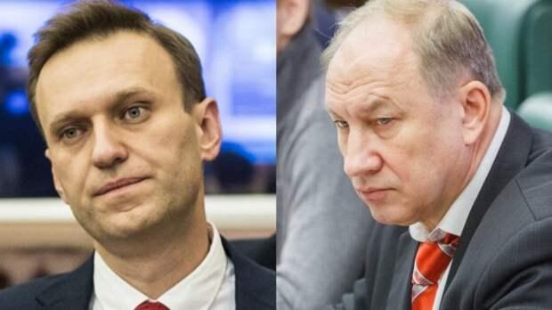 Зюганов пригрозил выгнать Рашкина из КПРФ