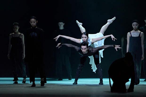 Балет славится своими опытными танцорами.