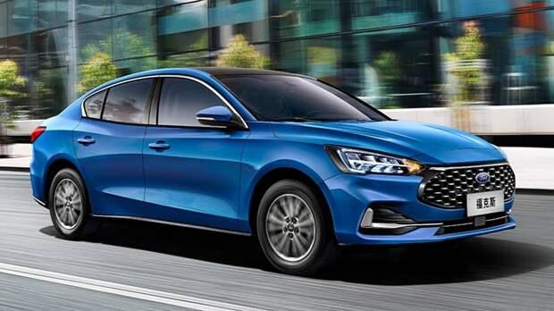 Растерявший покупателей Ford Focus: кросс-универсал на подмогу, рестайлинг седана и другие обновки
