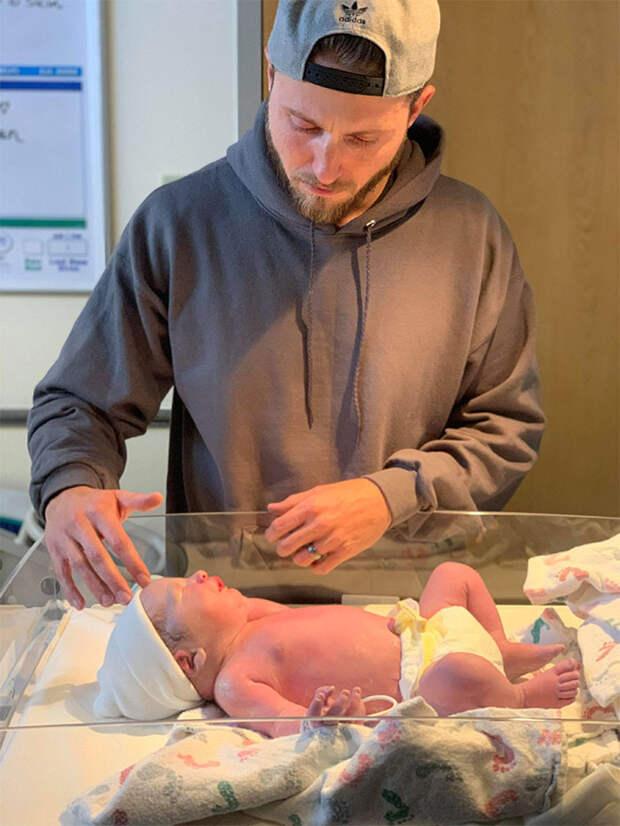 Мужчина честно описал всё, через что он прошёл, когда его жена рожала
