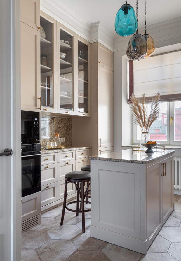 Верхний ярус: Что важно учитывать при размещении кухонных шкафов