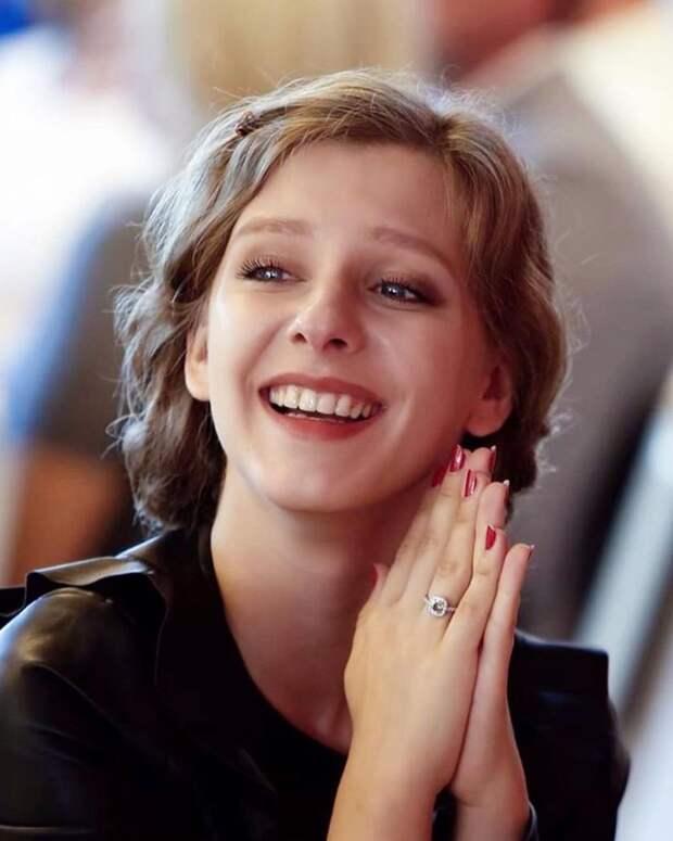 Лиза Арзамасова спровоцировала слухи о свадьбе с Ильёй Авербухом