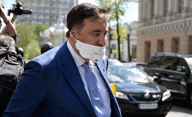 Страна: помогут ли США Саакашвили вернуться к власти