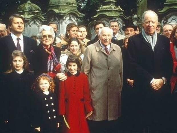 Секреты элиты: почему в список Forbes не входят самые богатые семьи на планете?
