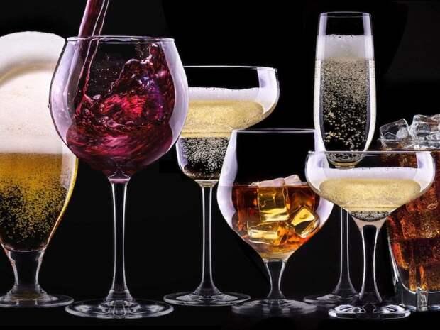 В период карантина в США безработные и женщины стали пить больше алкоголя - исследование