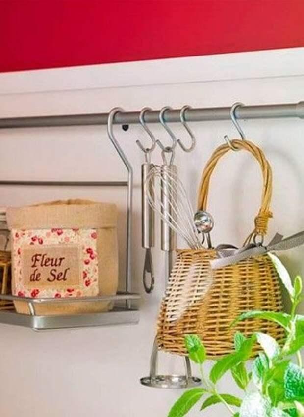 Правильная организация хранения вещей на кухне