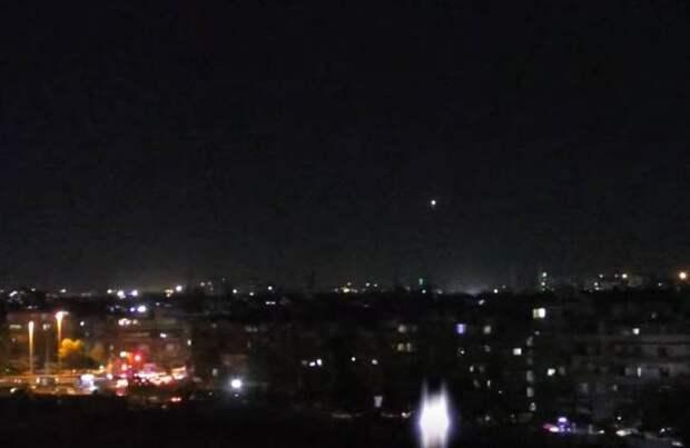 SOHR: Сирийская батарея ПВО уничтожена в ходе налёта ВВС Израиля