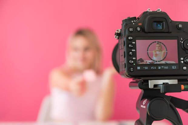 Как снимать идеальное сольное порно: модели сOnlyFuns поделились секретами создания пикантного контента