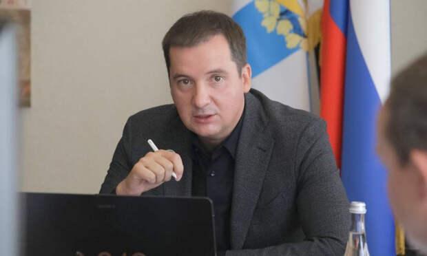 Александр Цыбульский потребовал призвать к ответственности перевозчика архангельского маршрута №9