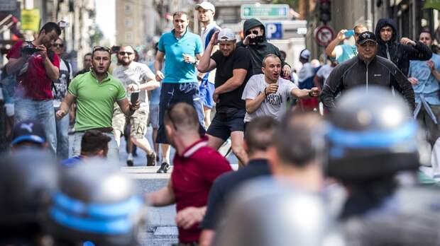 «После драк вМарселе местные нанашей стороне». Фаната «Спартака» 2 года держат втюрьме Франции