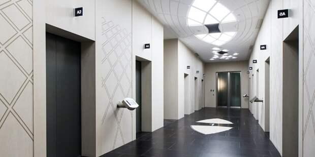 Женщина отсудила 6,3 млн руб за шумный лифт