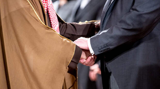 Международный скандал: Запад деградировал, этикет международных отношений забыт
