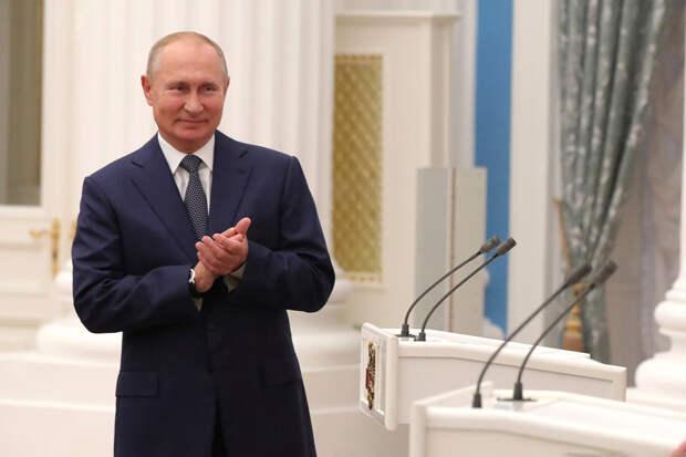Путин посоревнуется с Навальным и Тихановскими за Нобелевскую премию мира