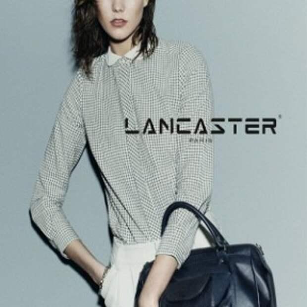 Карли Клосс снялась в новой рекламной кампании Lancaster Paris