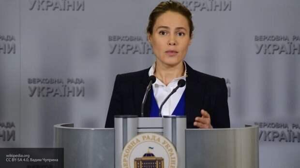 Королевская обвинила правительство в проведении экономических экспериментов над Украиной