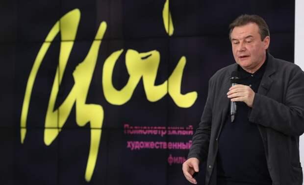 Константин Богомолов заступился за фильм «Цой» Алексея Учителя