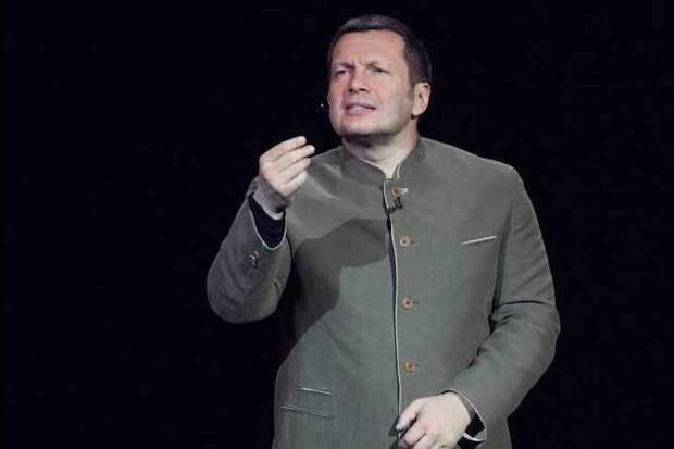 «Слова Дмитрия Быкова о Гитлере - подлость». Либералы, вы сошли с ума